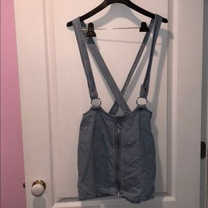 Denim skirt with overall